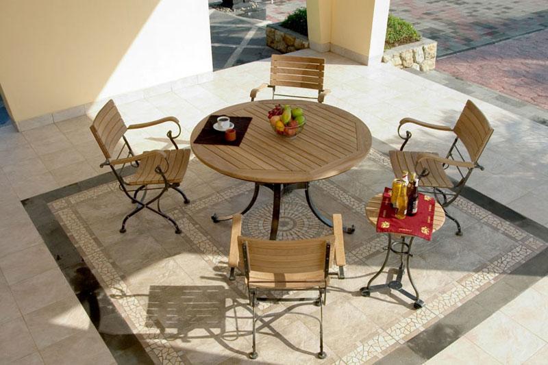 tables de jardin en teck. Black Bedroom Furniture Sets. Home Design Ideas
