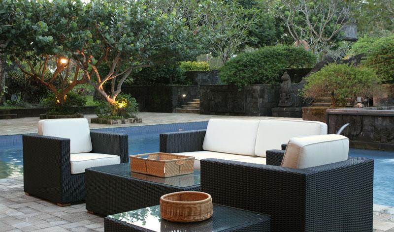 Show room la centrale du for Salon jardin exterieur resine tressee